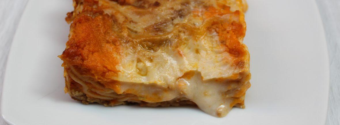 Lasagna con seitan crema di carote e crema di riso